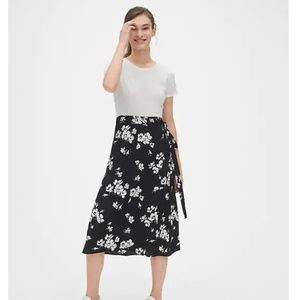 NWT GAP Print Wrap Midi Skirt ST SMALL TALL